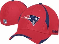 28d4df9b0ad New England Patriots Reebok Accent Structured Flex Fit Hat