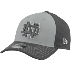 outlet store 60f78 82ece New Era Notre Dame Fighting Irish Navy Blue Sweeper 39THIRTY Stretch Fit Hat